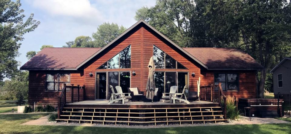 Doug's Lake Home